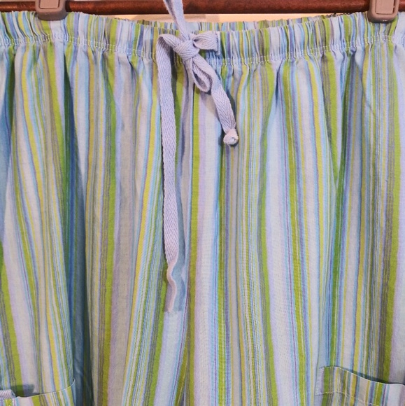 fresh produce Other - Fresh Produce Striped capri. Sz. Medium